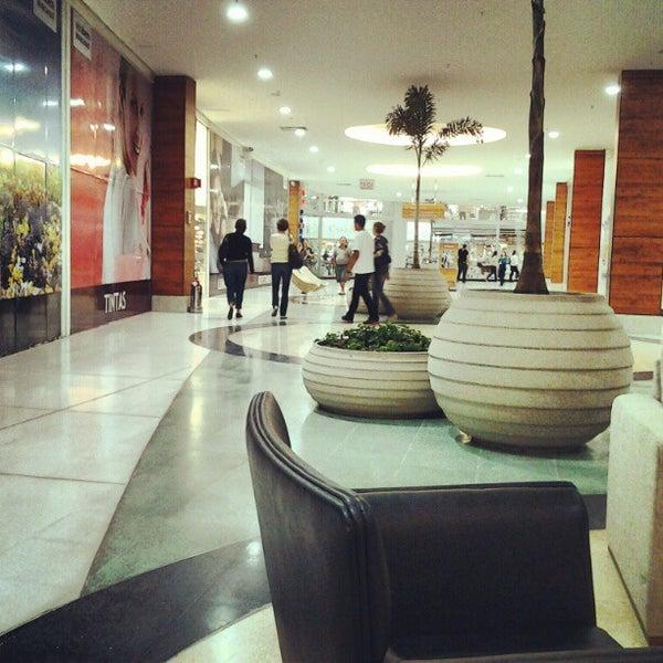 รูปภาพถ่ายที่ Shopping Park Europeu โดย Valter Joao Da S. เมื่อ 5/1/2012