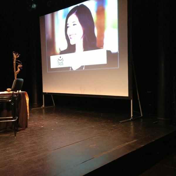 Снимок сделан в The Lynn Redgrave Theater at Culture Project пользователем Abiola A. 3/28/2013
