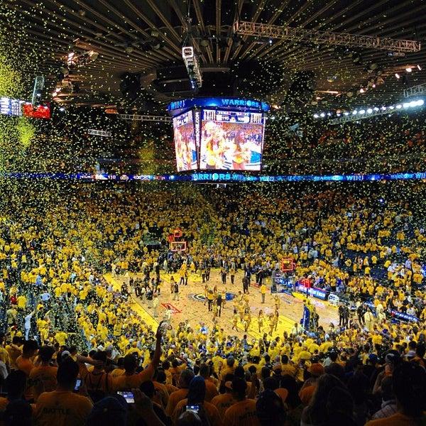รูปภาพถ่ายที่ Oakland Arena โดย Joseph A. เมื่อ 4/27/2013