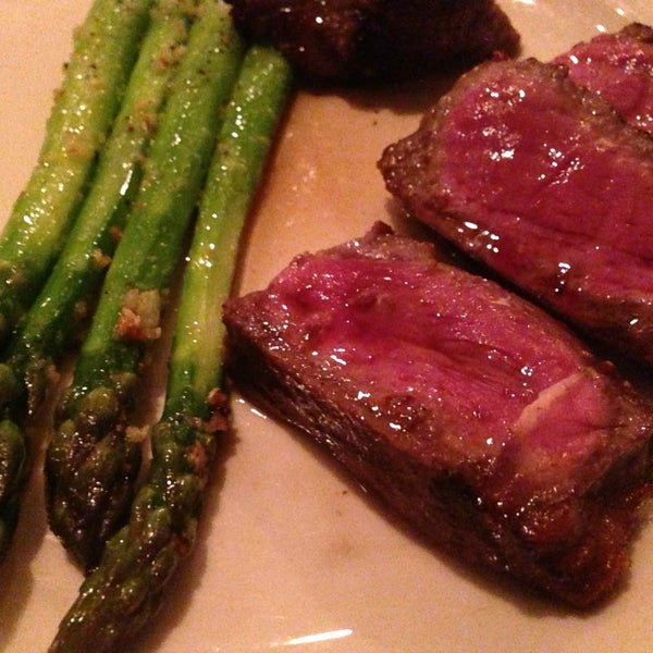 Tucked away just south of the Brooklyn Bridge, the steakhouse serves up a juicy porterhouse and yummy sides. My favorite is the sauteed asparagus!