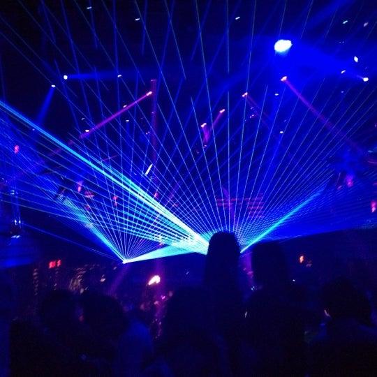 1/19/2013 tarihinde Katie F.ziyaretçi tarafından LIV Miami'de çekilen fotoğraf