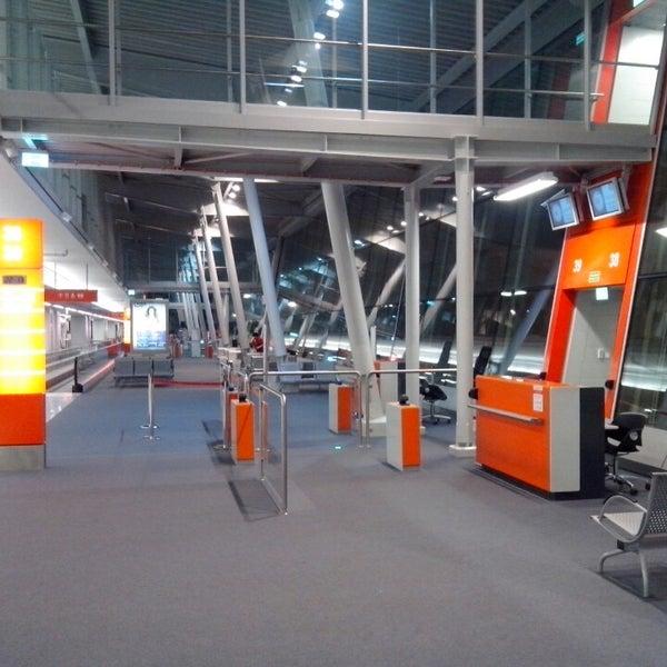 3/26/2013에 Faustas T.님이 바르샤바 쇼팽 공항 (WAW)에서 찍은 사진