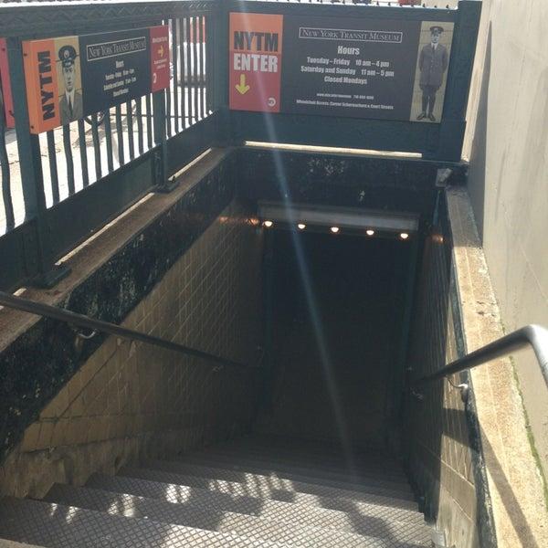 6/22/2013 tarihinde Sherry T.ziyaretçi tarafından New York Transit Museum'de çekilen fotoğraf