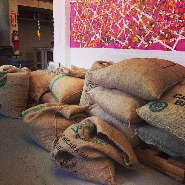 Foto tirada no(a) BKG Coffee Roasters por BKG Coffee Roasters em 10/27/2014