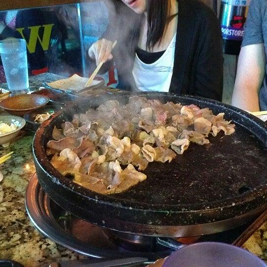 Foto scattata a Hae Jang Chon Korean BBQ Restaurant da Jen il 3/3/2013