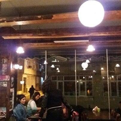 4/24/2017 tarihinde Tugay G.ziyaretçi tarafından Tosbağa Cafe'de çekilen fotoğraf