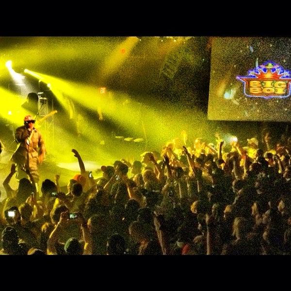 Das Foto wurde bei Cervantes' Masterpiece Ballroom & Cervantes' Other Side von Casey am 10/21/2012 aufgenommen