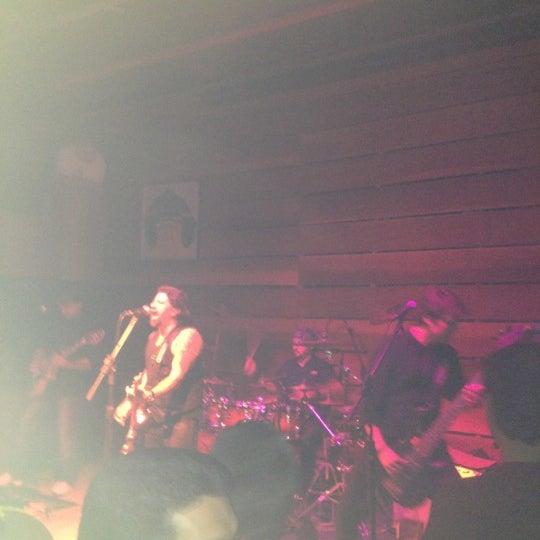 12/8/2012にNatalia M.がOzzie Pubで撮った写真