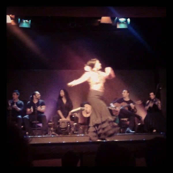 Снимок сделан в Palacio del Flamenco пользователем Sophia L. 7/17/2013