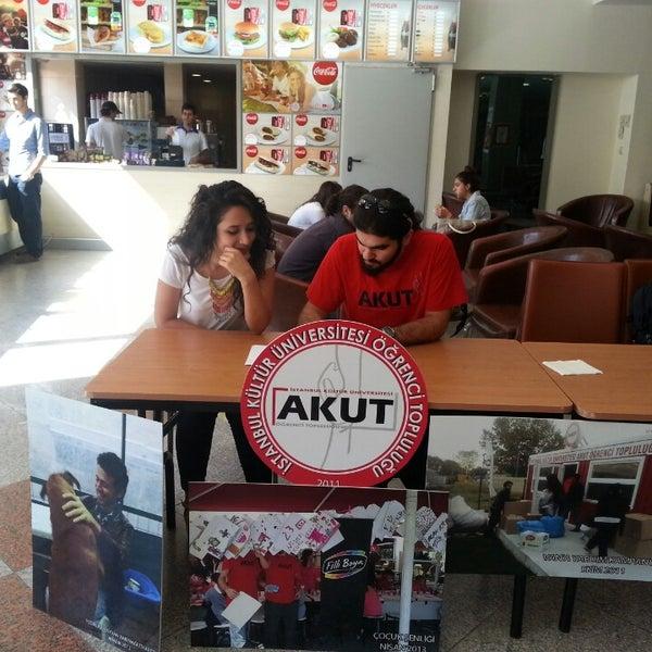 Foto tirada no(a) İstanbul Kültür Üniversitesi por Ahmet S. em 9/30/2013