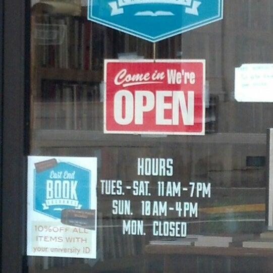 White Whale Books - Librería en Bloomfield