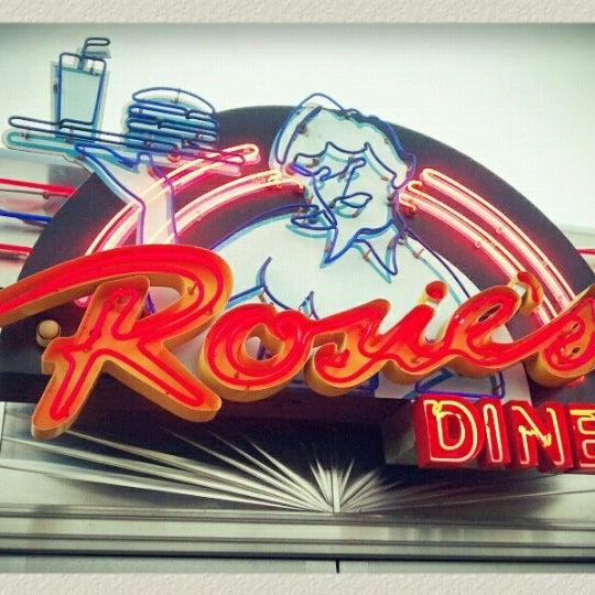 Foto tirada no(a) Rosie's Diner por *Dominic* em 1/31/2013
