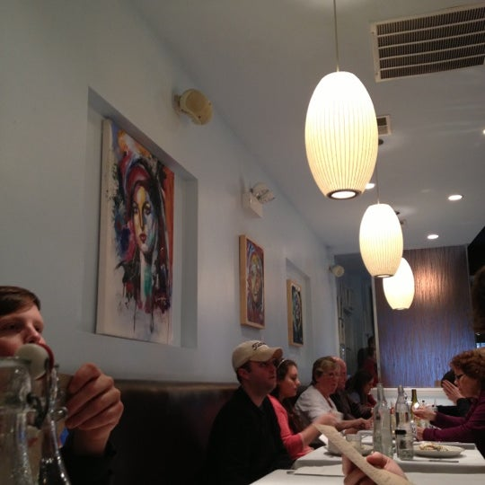 Снимок сделан в Southport Grocery & Cafe пользователем Adam D. 12/9/2012