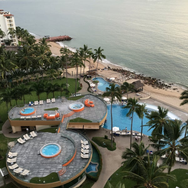 Foto tomada en Sunset Plaza Beach Resort & Spa por Romeritron el 9/24/2016