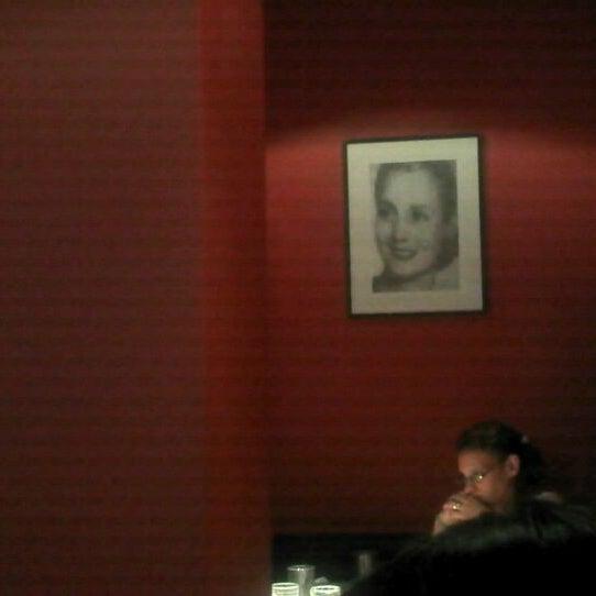 Foto scattata a Museo Evita Restaurant & Bar da Vanesa R. il 4/2/2012