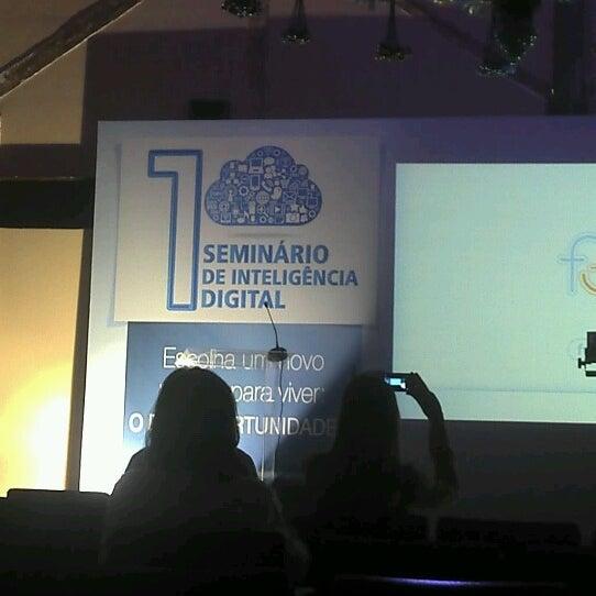 10/2/2012 tarihinde Erick B.ziyaretçi tarafından Espaço Meet'de çekilen fotoğraf