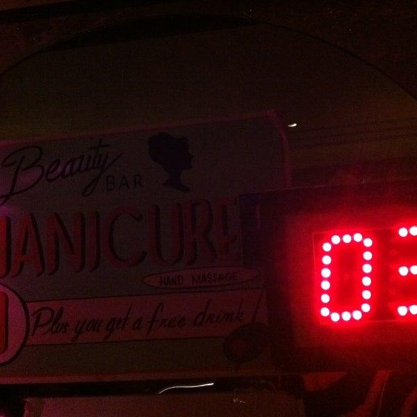 Foto scattata a Beauty Bar da Lefty L. il 12/27/2012