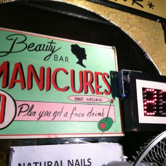 Foto scattata a Beauty Bar da Lefty L. il 12/6/2012