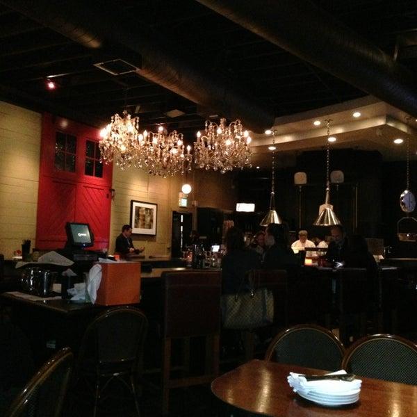 1/28/2013 tarihinde John S.ziyaretçi tarafından The Luggage Room Pizzeria'de çekilen fotoğraf