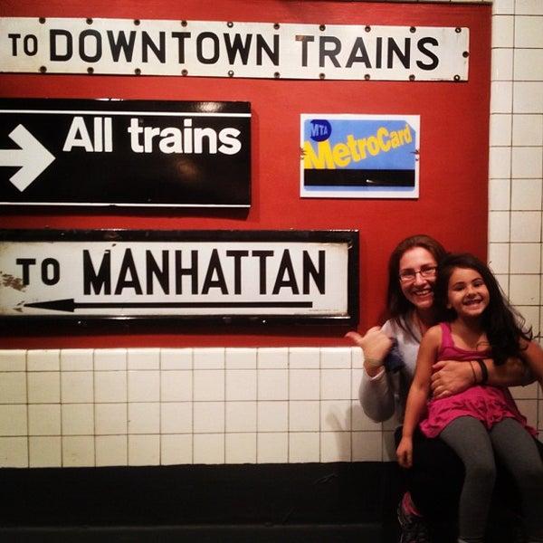 9/23/2012 tarihinde Avi S.ziyaretçi tarafından New York Transit Museum'de çekilen fotoğraf
