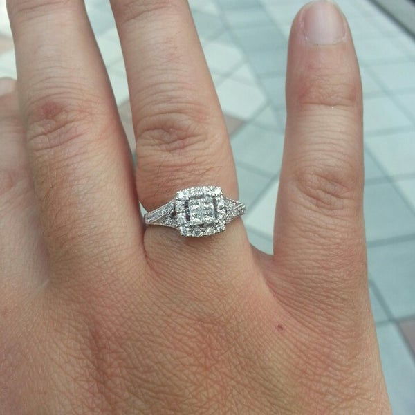 7b5149958 Kay Jewelers - North Braintree - 1 tip