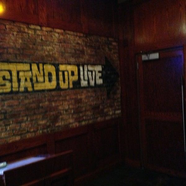 3/18/2013にAndy B.がStand Up Liveで撮った写真