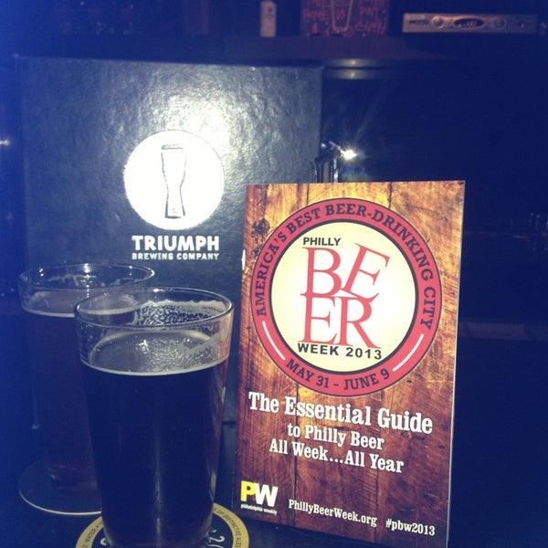 6/2/2013 tarihinde Brandan N.ziyaretçi tarafından Triumph Brewing Company'de çekilen fotoğraf