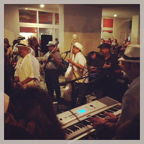 Foto tomada en Jimmy'Z Kitchen Wynwood  por Amaury B. el 1/13/2013