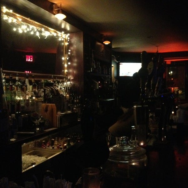 รูปภาพถ่ายที่ South 4th Bar & Cafe โดย sharilyn เมื่อ 1/20/2013