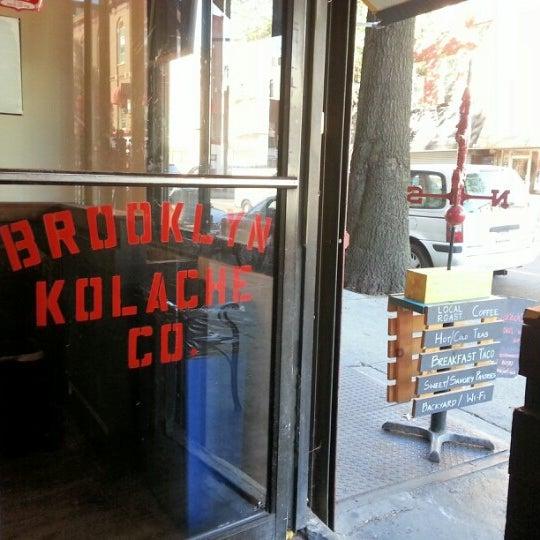 Foto tirada no(a) Brooklyn Kolache Co. por Joshua N. em 9/15/2012