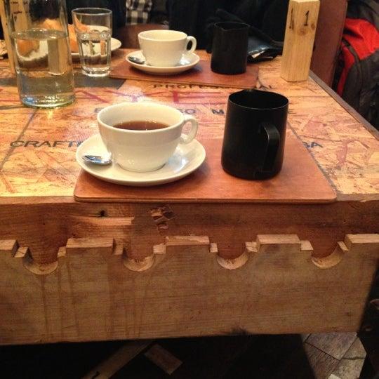Foto diambil di Brew Lab Coffee oleh Mitya G. pada 12/15/2012