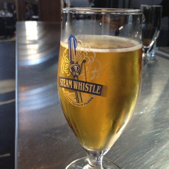 6/12/2012 tarihinde Ricardo M.ziyaretçi tarafından Steam Whistle Brewing'de çekilen fotoğraf