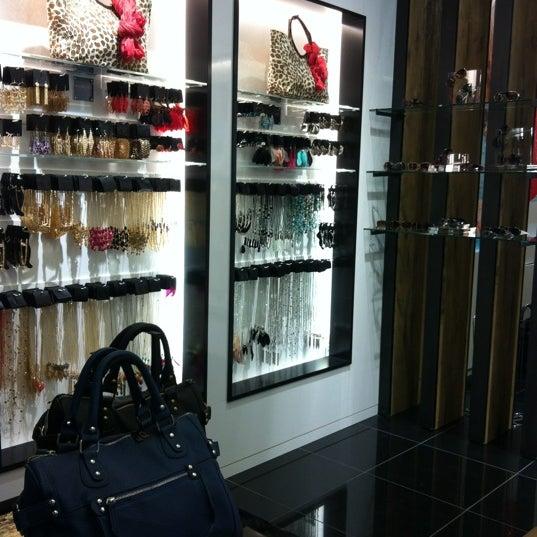 Photos à Garage Magasin De Vêtements à Montreal