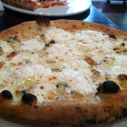 Снимок сделан в Pizza CS пользователем Drew M. 4/11/2012