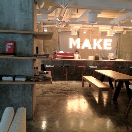 รูปภาพถ่ายที่ MAKE Business Hub โดย John W. เมื่อ 7/30/2012
