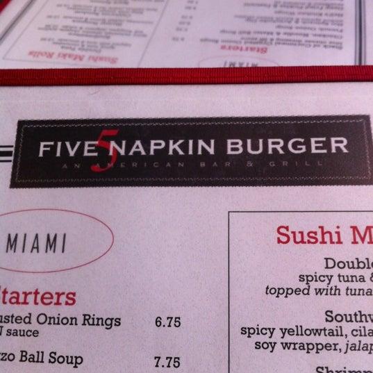 Снимок сделан в 5 Napkin Grill пользователем JT T. 4/1/2012