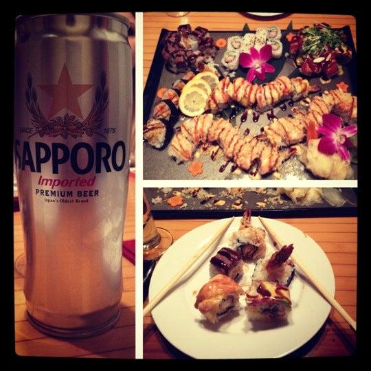 Das Foto wurde bei Mura Japanese Restaurant von Justin J. am 3/10/2012 aufgenommen