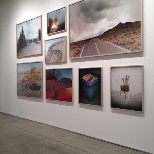 Foto tomada en Bruce Silverstein Gallery por Engrid S. el 2/17/2012