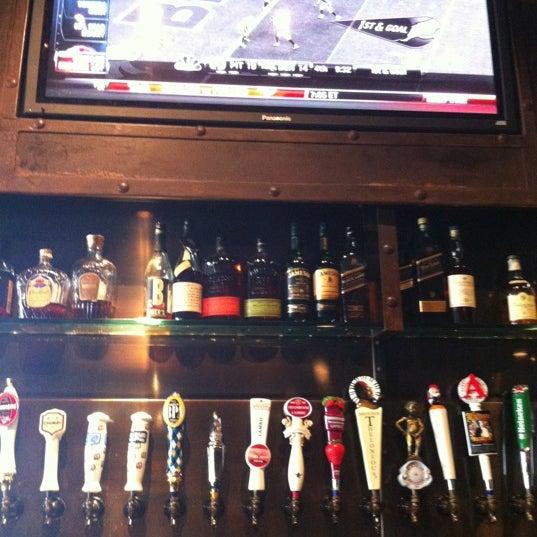 Foto scattata a SmithHouse - BBQ, Burgers, Brews da Gregory G. il 9/10/2012