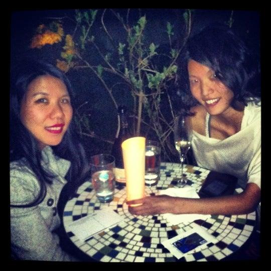 Foto scattata a Stonehome Wine Bar & Restaurant da Mei L. il 3/16/2012