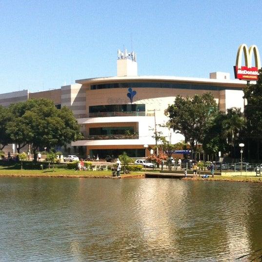4/1/2012 tarihinde Mandi S.ziyaretçi tarafından Goiânia Shopping'de çekilen fotoğraf