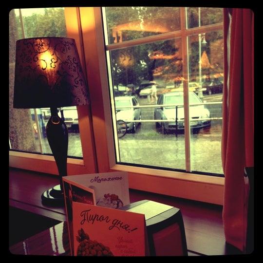 Снимок сделан в Круассан-кафе пользователем Elena 7/10/2012