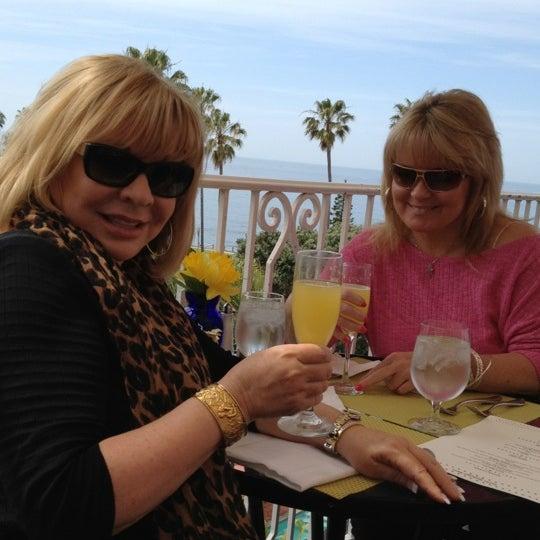 4/8/2012にPam G.がLa Valencia Hotelで撮った写真
