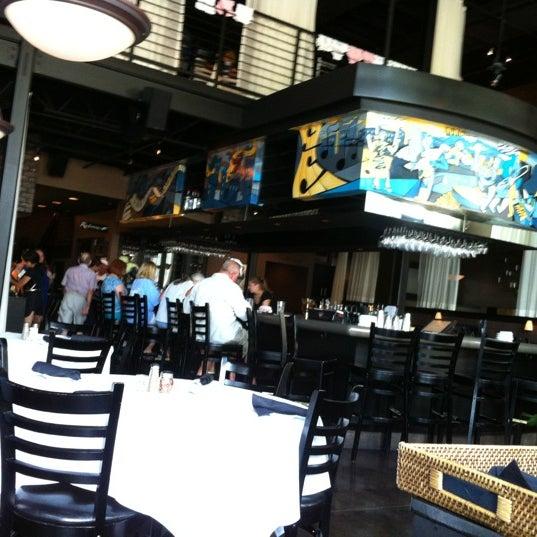 รูปภาพถ่ายที่ Terilli's โดย Steve F. เมื่อ 7/14/2012
