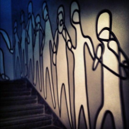 รูปภาพถ่ายที่ Foro Shakespeare โดย Yan เมื่อ 3/18/2012