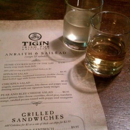 Foto tirada no(a) Tigin Irish Pub por The Historical I. em 7/23/2012