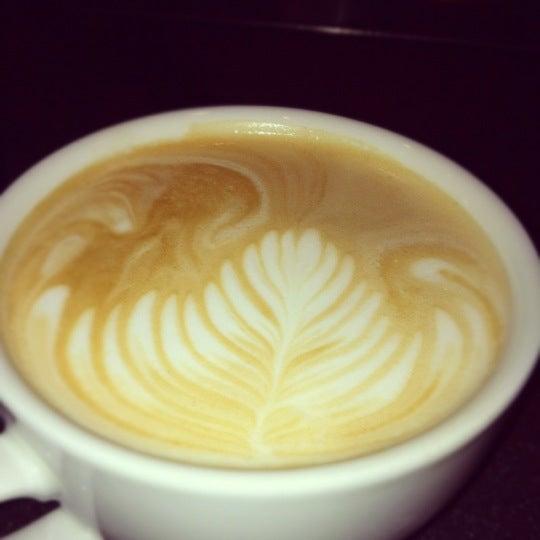 Снимок сделан в Sunrise Coffee пользователем Becky R. 12/19/2011