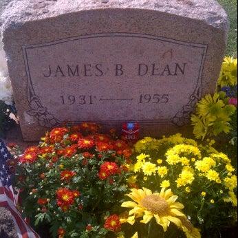 Photos at James Dean's Grave - Cemetery in Fairmount