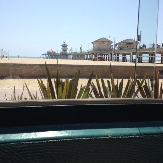 Foto tirada no(a) Sandy's por Michael H. em 5/7/2012