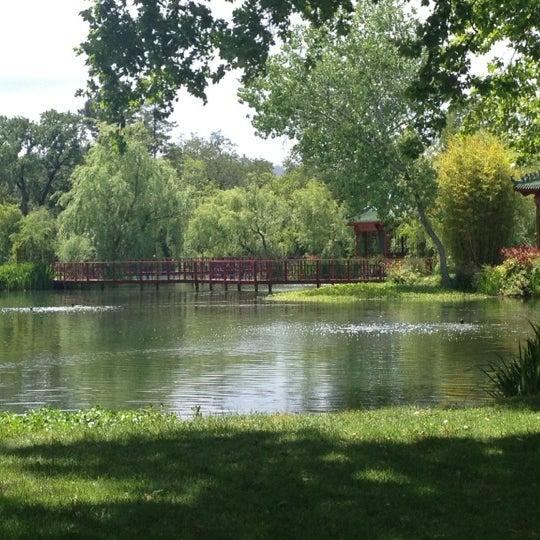 Снимок сделан в Chateau Montelena пользователем Tenisha A. 5/25/2012